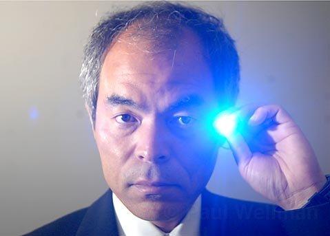 ดร. Shuji Nakamura